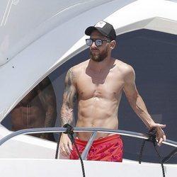 Leo Messi disfrutando del verano en Ibiza