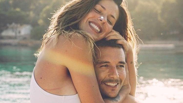 Laura Matamoros y Benji Aparicio durante unas vacaciones