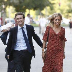 Pablo Casado e Isabel Torres en la clausura de su campaña a la presidencia del PP