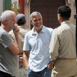 George Clooney vuelve al trabajo tras su accidente de moto
