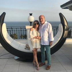 Carmen Borrego y José Carlos Bernal celebrando su cuarto aniversario de boda en Málaga