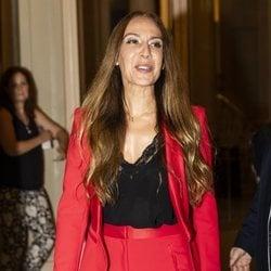 Mónica Naranjo llegando al estreno del musical 'Grandes Éxitos' en Barcelona