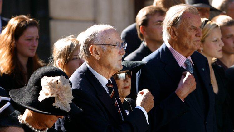 Dimitri y Nicolás Romanovich durante el funeral de María Feodorovna en Copenhage