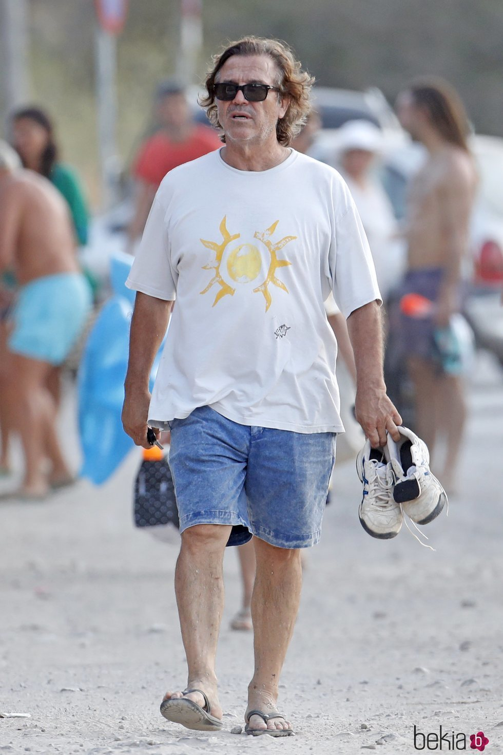Pepe Navarro paseando por Ibiza