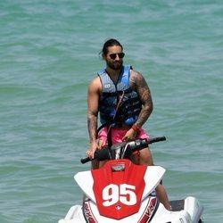 Maluma en la playa de Miami de vacaciones