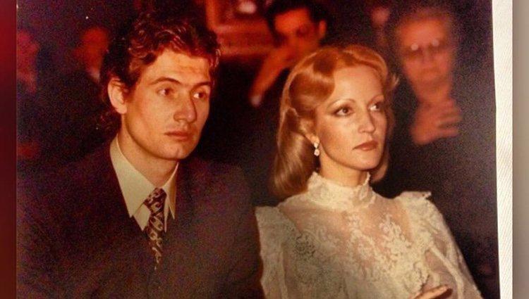 Carmen Lomana el día de su boda con Guillermo Capdevila