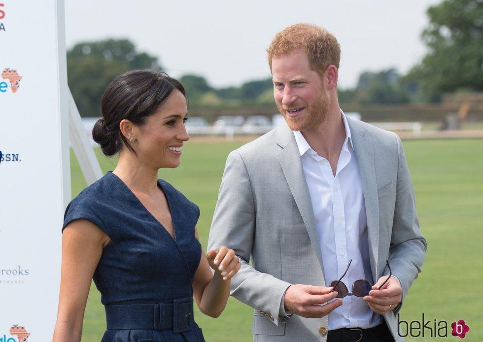 El Príncipe Harry y Meghan Markle en la Copa de Polo Sentebale