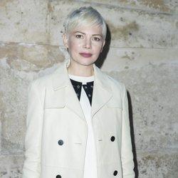 Michelle Williams en la Semana de Moda de Paris 2018