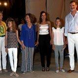 Los Reyes Felipe y Letizia, la Princesa Leonor, la Infanta Sofía, la Reina Sofía y la Infanta Elena en el concierto de Ara Malikian en Mallorca