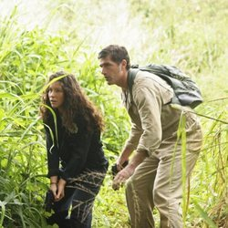 Evangeline Lilly y Matthew Fox en el rodaje de 'Perdidos'
