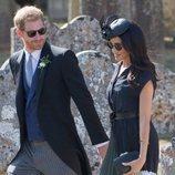 El Príncipe Harry y Meghan Markle muy cómplices en la boda de Charlie van Straubenzee y Daisy Jenks
