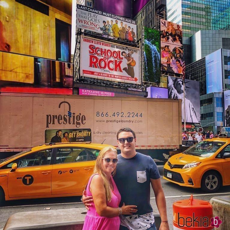 Belén Esteban y su novio Miguel muy cómplices en Times Square