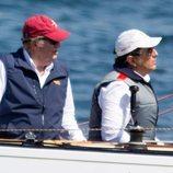 El Rey Juan Carlos navegando en el Bribón en Baiona