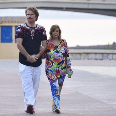 María Teresa Campos y Bigote Arrocet en Málaga de vacaciones