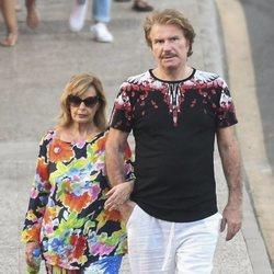 Bigote Arrocet y María Teresa Campos pasean por Málaga en vacaciones