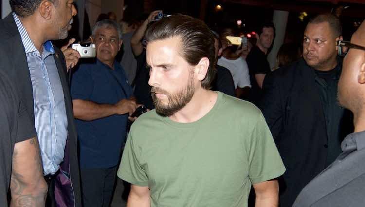 Scott Disick llegando a la fiesta del 21 cumpleaños de Kylie Jenner