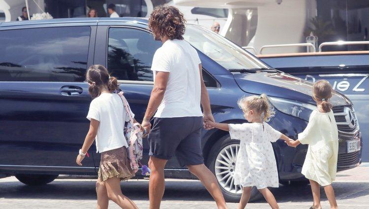 Carles Puyol en familia por Ibiza