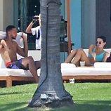 Kendall Jenner y Ben Simmons durante sus vacaciones en México