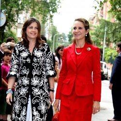 Alexia de Grecia y la Infanta Elena acuden a la Comunión de Juan Valentín y Pablo Nicolás Urdangarín