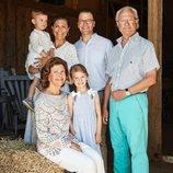 La Familia Real Sueca posa en el Palacio de Solliden