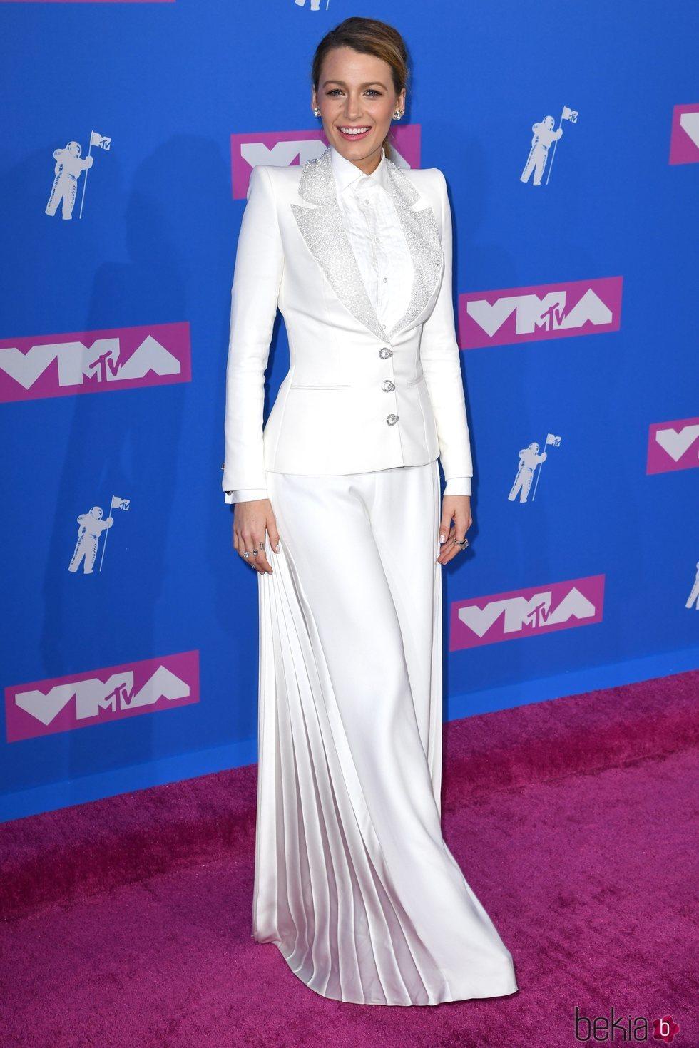 Blake Lively en la alfombra roja de los VMAs 2018