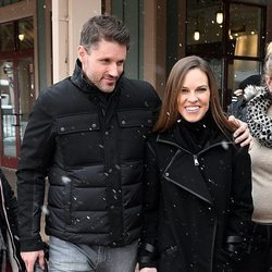 Hilary Swank y Philip Schneider de paseo por Nueva York