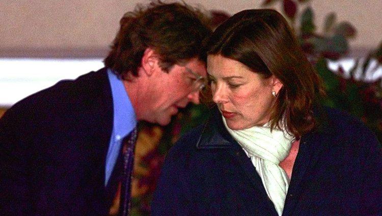 Carolina de Mónaco y Ernesto de Hannover en un los años 90