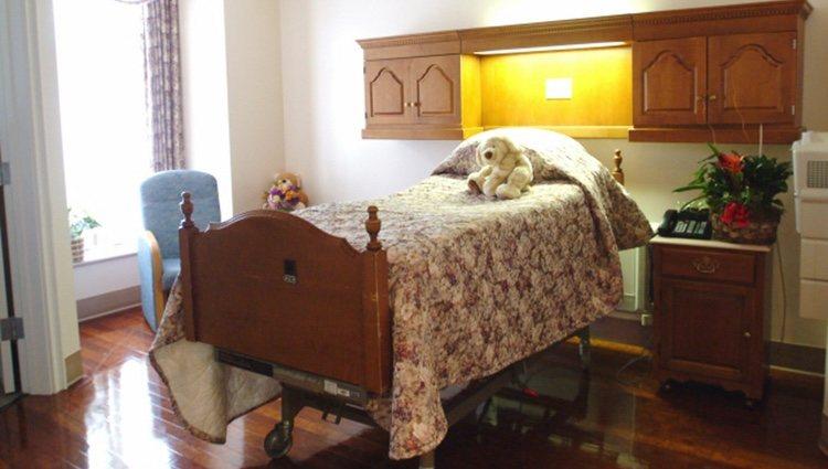 La habitación 'deluxe' del Hospital Cedars-Sinai