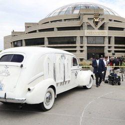 El coche fúnebre con el que han trasladado los restos mortales de Aretha Franklin