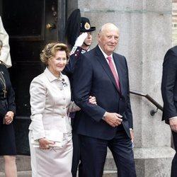 Harald y Sonia de Noruega en sus Bodas de Oro
