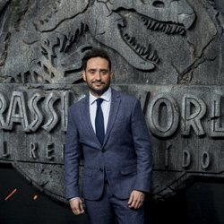 Juan Antonio bayona en la premiere de 'Jurassic World: El Reino Caído' en Madrid