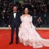 Bradley Cooper y Lady Gaga en la alfombra roja de Venecia