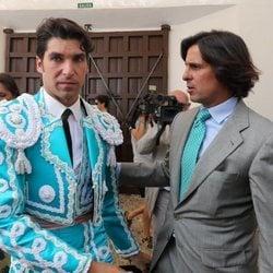 Los hermanos Fran y Cayetano Rivera antes de la Goyesca 2018