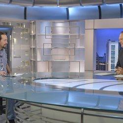 Pablo Iglesias, en su primera aparición tras ser padre, entrevistado por Pedro Piqueras