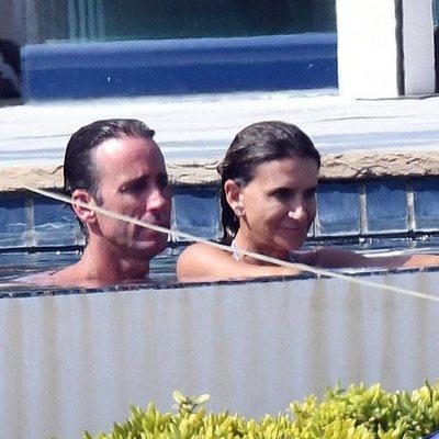 Álvaro Muñoz Escassi y Carmen Matutes durante unas vacaciones en Marbella