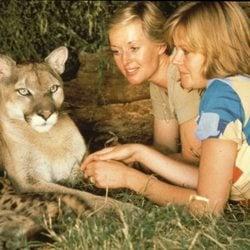 Melanie Griffith de adolescente junto a su madre y su león Neil