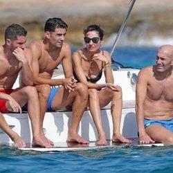 Zinedine Zidane en Ibiza junto a fu familia