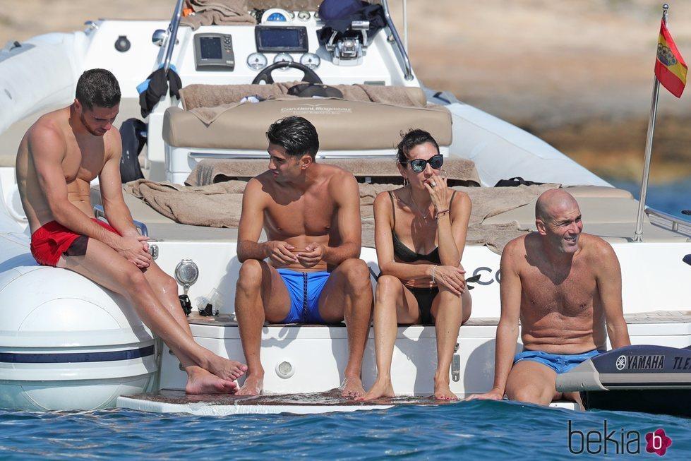 Zidane y su familia de vacaciones por Ibiza