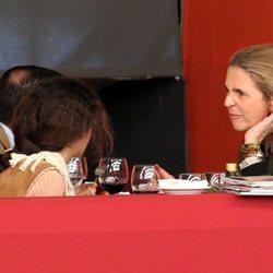 La Infanta Elena pone caras raras a Victoria Federica de Marichalar