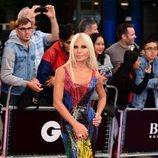 Donatella Versace en los Premios Hombres del año GQ 2018