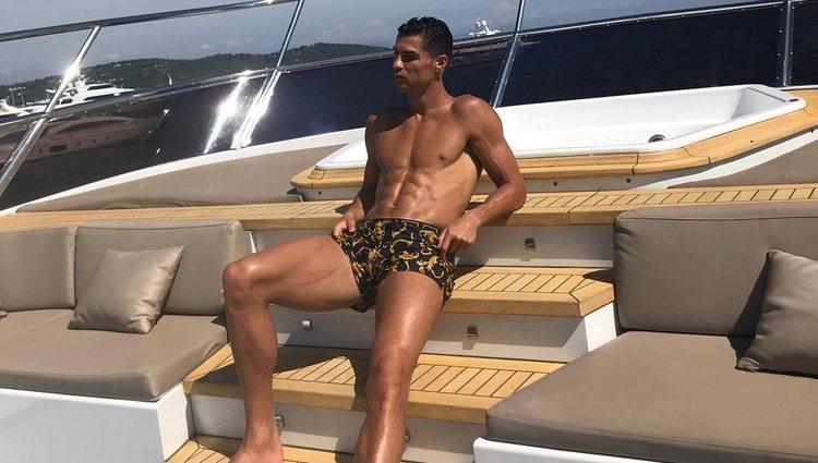Cristiano Ronaldo disfrutando de sus vacaciones en Mónaco