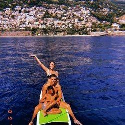 Cristiano Ronaldo y Georgina Rodríguez con Cristiano Ronaldo Junior en Mónaco