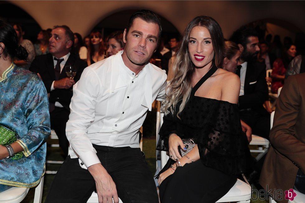 Fonsi Nieto y Marta Castro en una fiesta de Telva