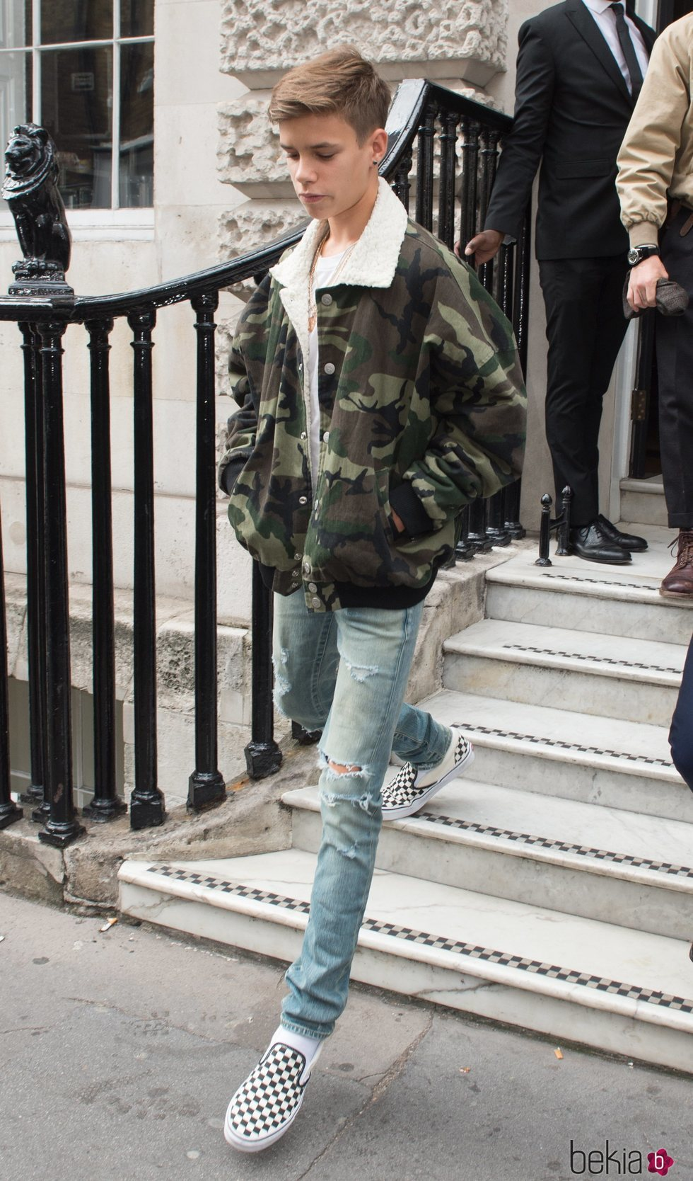 Romeo Beckham en el desfile de Victoria Beckham en la London Fashion Week