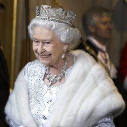 Isabel II en la apertura anual del Parlamento Británico en 2013