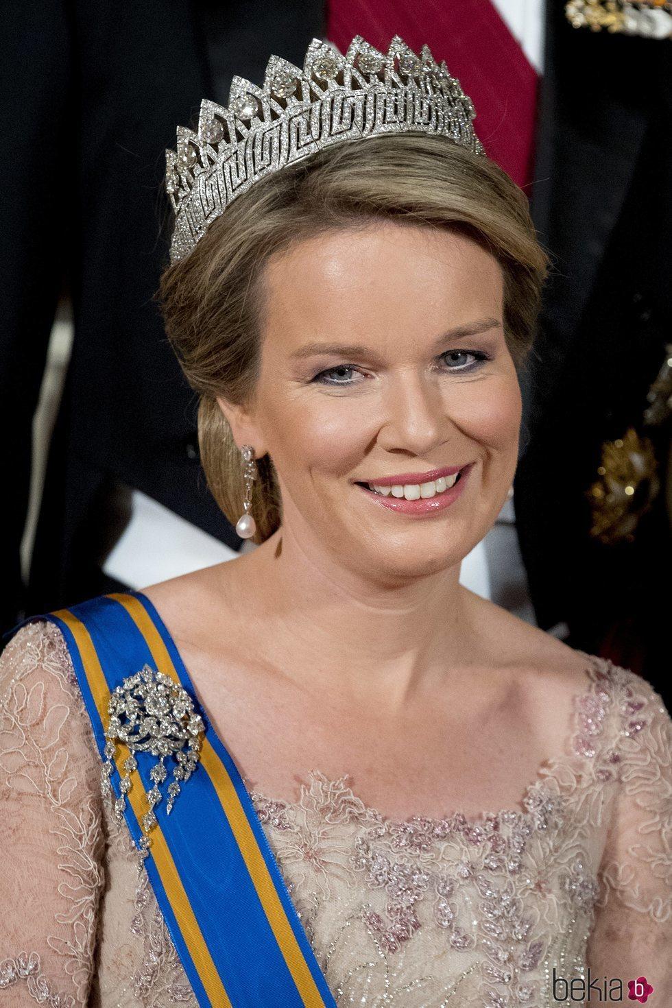 Matilde de Bélgica luce la Tiara de las Nueve Provincias
