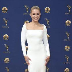 Kristen Bell en la alfombra roja de los Premios Emmy 2018