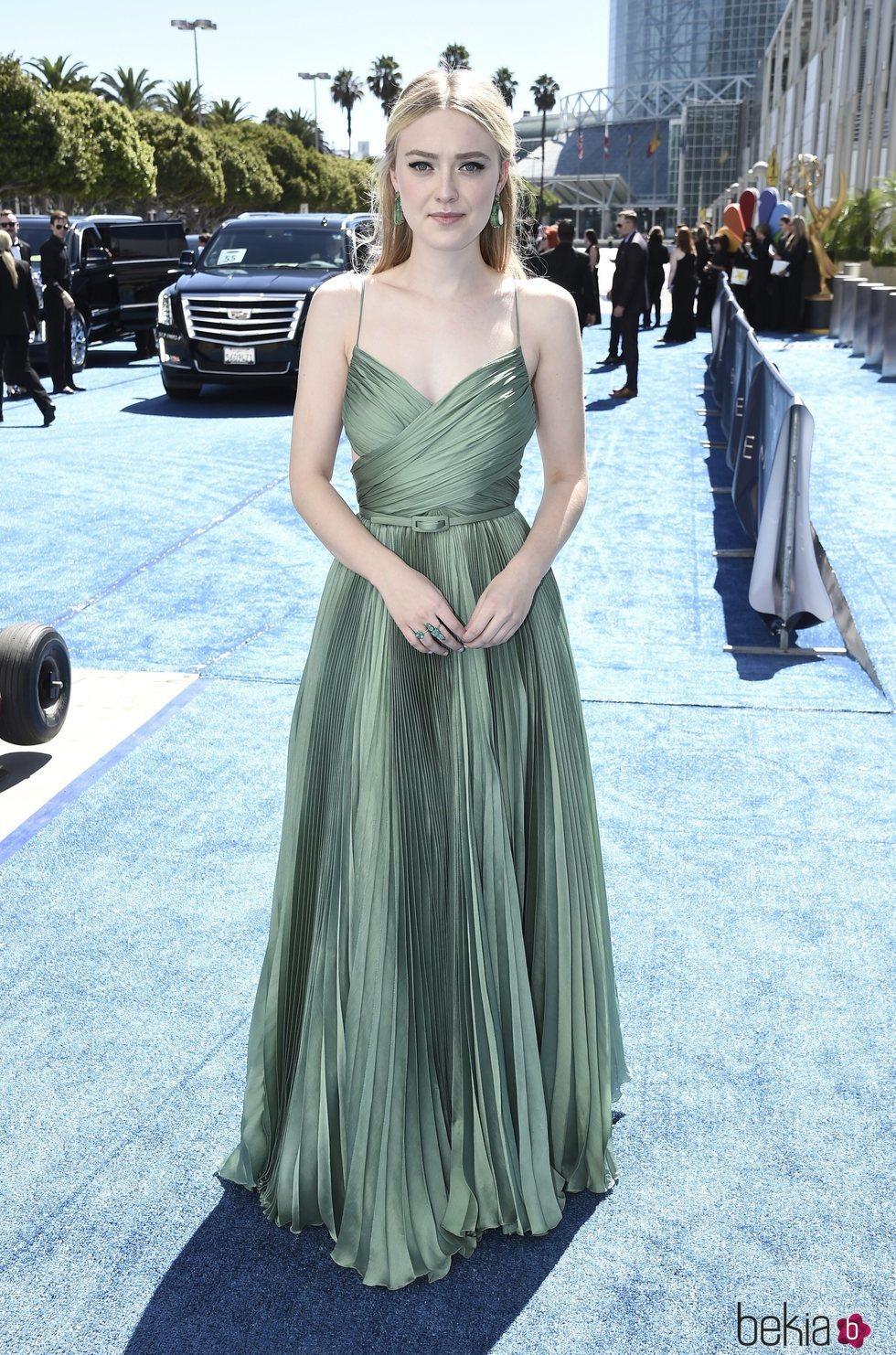 Dakota Fanning en los Premios Emmy 2018