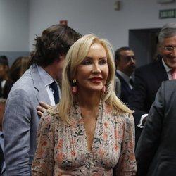 Carmen Lomana acude a un acto de Pablo Casado
