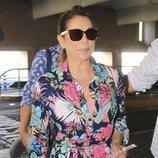 Isabel Pantoja en el aeropuerto de Sevilla rumbo a Valencia para ir a un evento